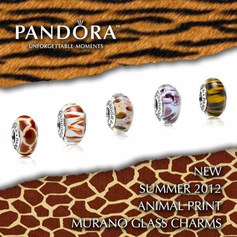 Individual pictures of animal print Muranos