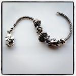TB-bracelet