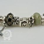 ohm-handcuffs-bracelet2