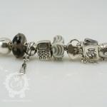 ohm-handcuffs-bracelet4