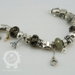 ohm-handcuffs-bracelet6