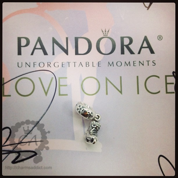Pandora Unforgettable Moments of Love on Ice