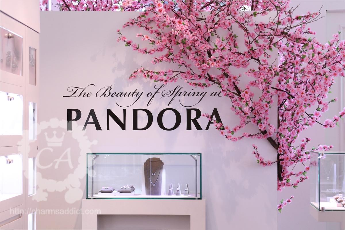 pandora-soho-grand-opening26