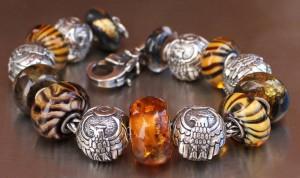 paxsuzbeads-eagle-bracelet