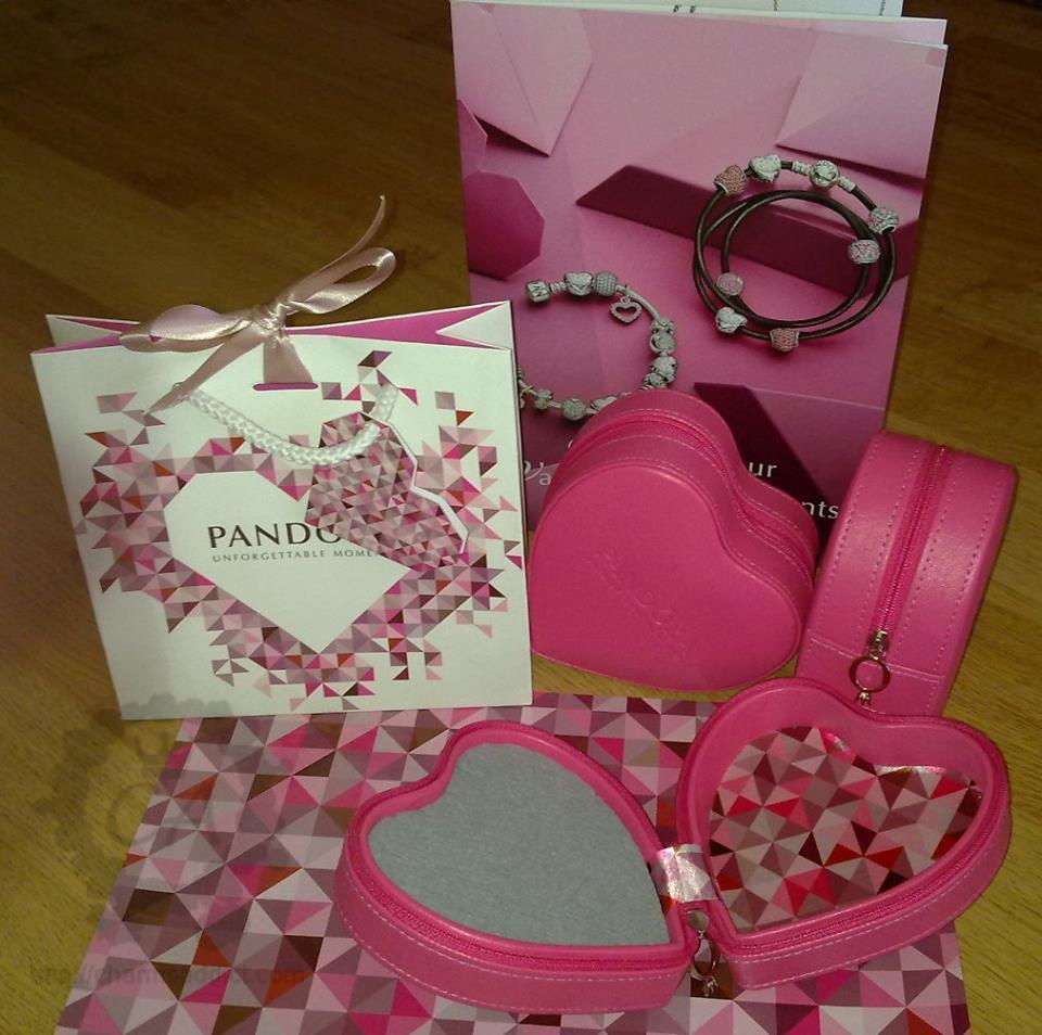 Pandora Australia Valentines Day 2014 Promo Live Shot