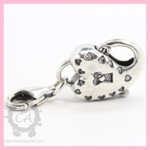 redbalifrog-heart-lock