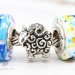 ohm-beads-black-sheep-bracelet4