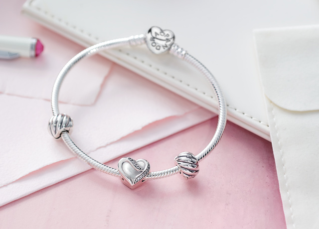 d195bbe40 Current Pandora 2016 Promotions | Charms Addict