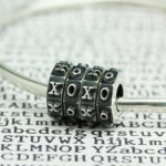 ohm-beads-typo-xoxo